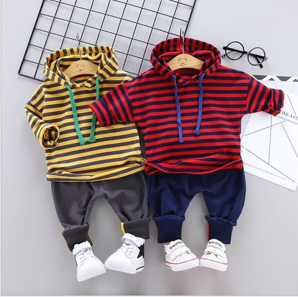New Spring and Autumn Children's Suit 2019 Two-piece Suit Tide for Babies Aged 0-4 with Little Stripes and Hats