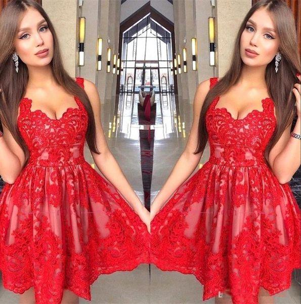 Günstige Red Lace Homecoming Kleider New Arabic Cocktail Party Kleider Eine Linie Spaghetti-Trägern Kurze Tüll Prom Abendkleider