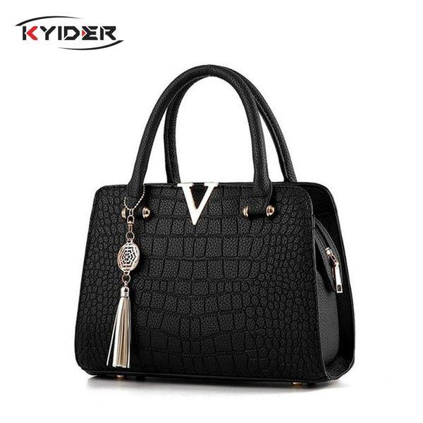 Kadın Moda Timsah Deri V Mektupları Tasarımcı çanta Lüks Kalite Lady Omuz Crossbody Çanta saçaklı Çantası