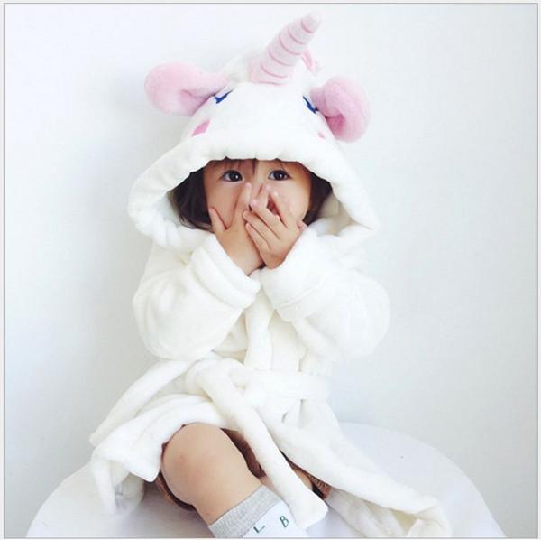 Vendita al dettaglio 2019 New Cute Unicorn Camicie da notte Neonate Accappatoio Flanella per bambini Vestaglia Pigiama con cappuccio Abito da bagno Abbigliamento da notte per bambini Abiti
