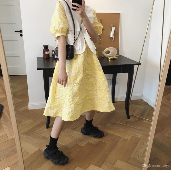 2019 verano nueva versión coreana del vestido de la manga de soplo de viento corte retro jacquard muñeca dulce falda femenina floja de la falda