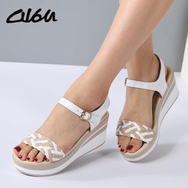 caa6e89e3 Женские сандалии Обувь на танкетке из натуральной кожи с пряжкой на высоком  каблуке из босоножек на