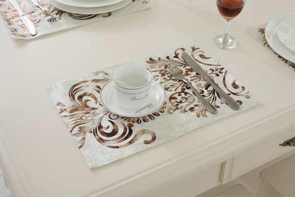 Wholesale- 26x38CM European Fashion Simple Bronzing Velour Table Mat /luxury upscale neoclassical Wedding Decor Napkin Placemats 2pcs/set