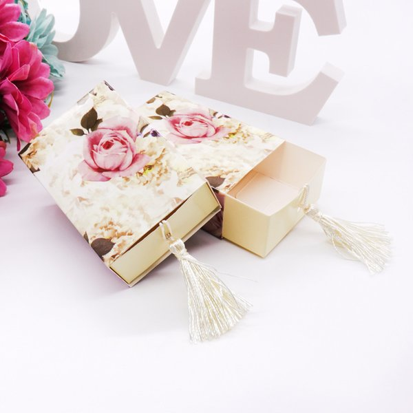 50pcs European and American style wedding candy box Drawer Shaper Favor Box Travel Candy Flowers Wedding Favors Gift