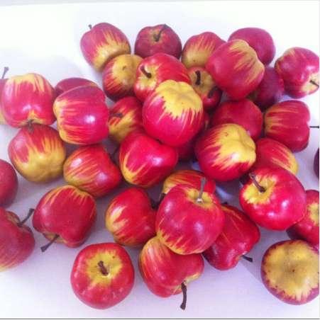 13 adet Güzel Mini Dekoratif Yapay Meyve Apple Köpük Sahte Meyve Kırmızı Model Ev Ev Dekorasyon Süsler Krank Süreci