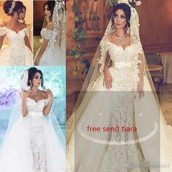 Gorgeous 2019 Overskirts Wedding Dresses With Detachable Train