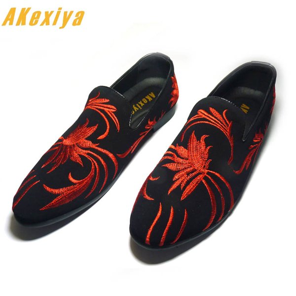 Men Brand Designer Red Gold National embroidery Flower Casual Shoes Male Homecoming Dress Wedding Prom Sapato Social