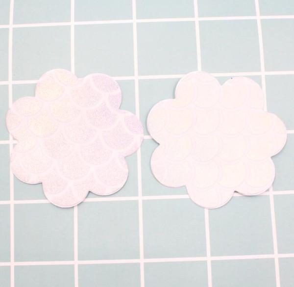 # 3 زهرة بيضاء