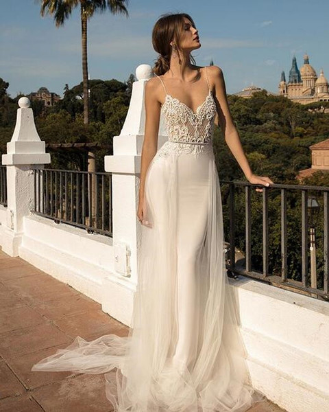 2019 berta A line Boho Wedding Dresses Bridal Gowns Sexy Bohemia Deep V Neck Lace Appliqued overskirts Tulle sweep train vestido de novia