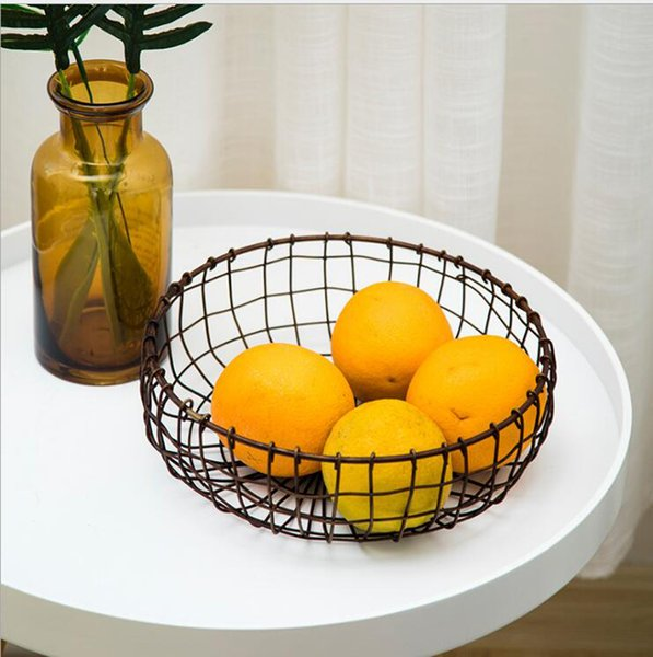 Vintage Handmade Woven Wrought Iron Mesh Fruit Basket Bowl Creative Bronze Snack Plate Tray Holder Stand Round Serving Storage Container