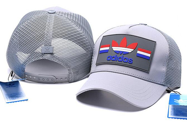 2019 fashion New Europe and America Baseball Snapbacks All Team Football Snap Back Hats Womens Mens bone Caps Hip-Hop Caps Cheap Sports Hats