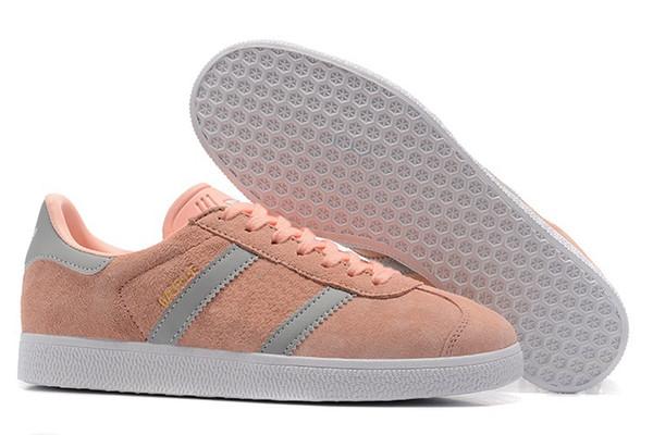 De calidad superior 2019 Hombres Mujeres Casual Suede Gazelle Diseñador de zapatos para mujer para mujer Zapatillas ligeras Zapatillas de senderismo para caminar a70