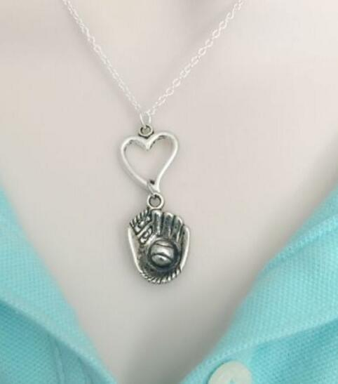 Vintage Silver Heart Softball/Baseball Glove Necklaces Pendant Charms Statement Choker Necklaces Women Jewelry DIY Gift Fashion HOT