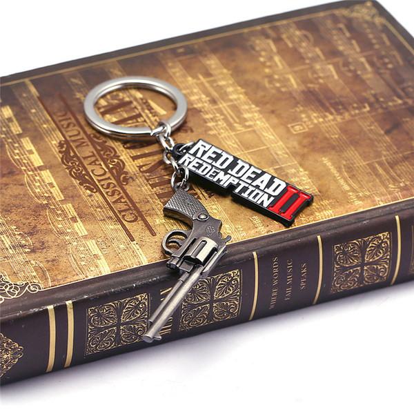 Kırmızı Ölü Redemption Anahtarlık Hayranları Favor Hediye Kolye Mektup Guns Anahtarlık Telefon Çanta Için 3D Metal Alaşım Anahtarlıklar Süs Süslemeleri