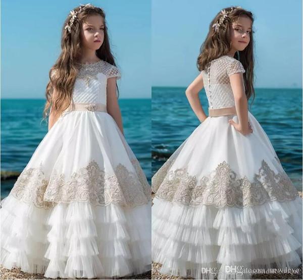 2019 Neueste Blume Mädchen Kleider Erstkommunion Kleid für Kleine Mädchen Lange Niedliche Rüschen Rock Spitze Tiered Kinder Formal Wear Pageant kleider