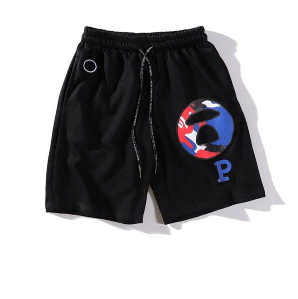2019 Desenler ile Yeni Tasarımcı Erkekler Şort Mektuplar Düz Spor Marka Plaj Şort Elastik Bel Moda Rahat Kısa Pantolon Erkek Giyim için