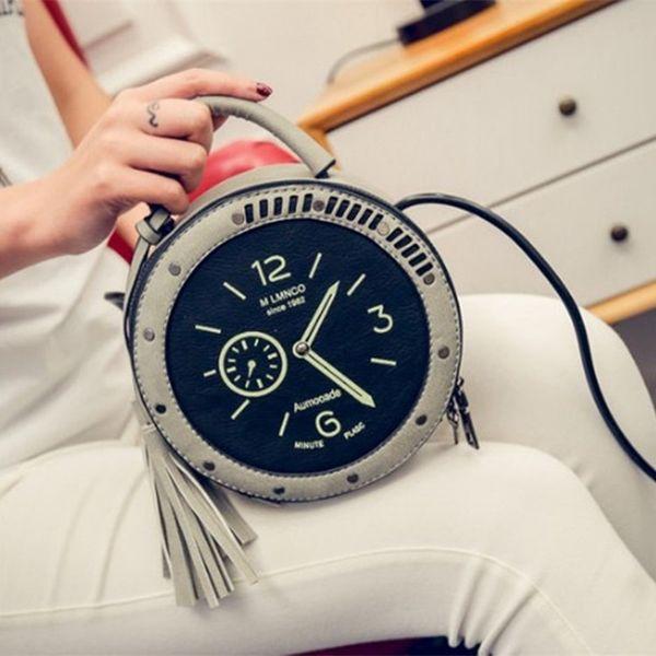 Frühling 2019 Neue Quaste Kleine runde Beutel-koreanische Mode Persönlichkeit Uhren Frauen Niethandtasche Messenger Bag