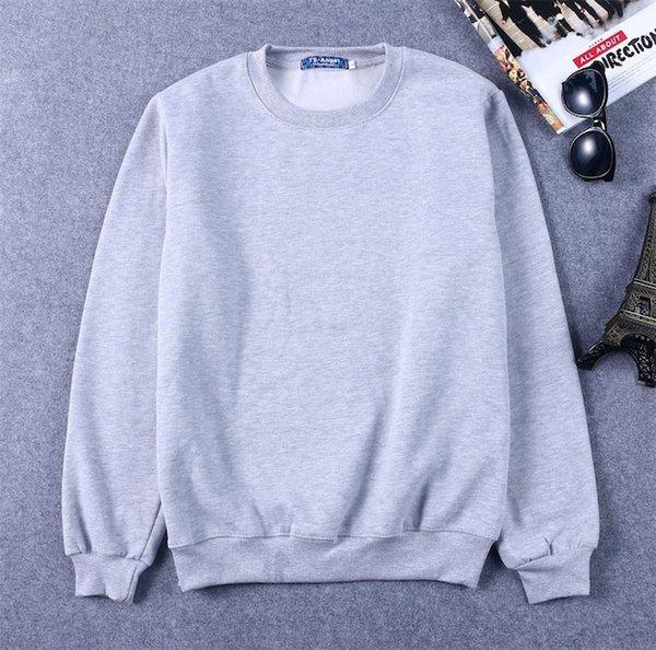 밝은 회색 스웨터