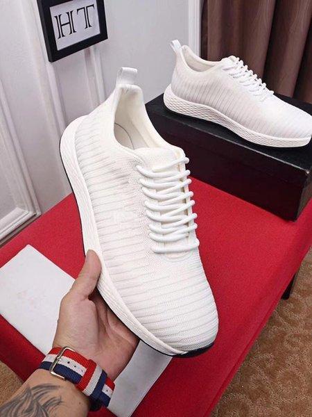 Yeni Deri Flats Tasarımcı Sneakers Kadınlar Klasik Casual Luxury Franch Marka Ayakkabı derece runnig Walking Dayanıklı 38-44 ht A02 s1