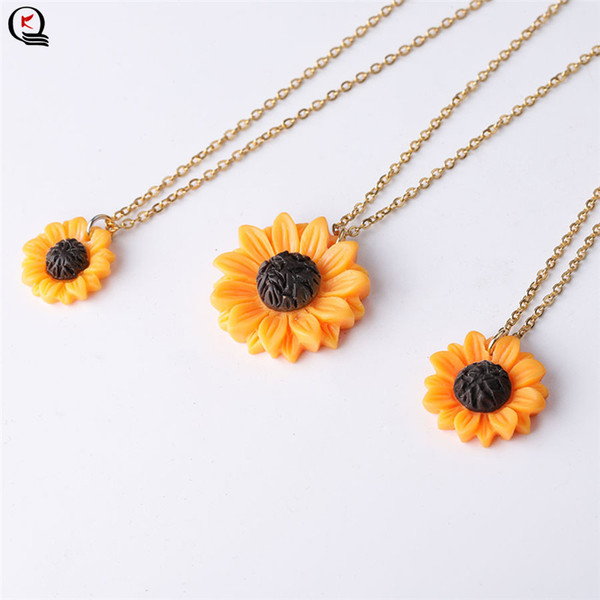 Korean Simple Sun Flower Stud Earrings Pendant Necklace Sets Girls Small Daisy Flowers Necklace 19 New Jewelry Sets