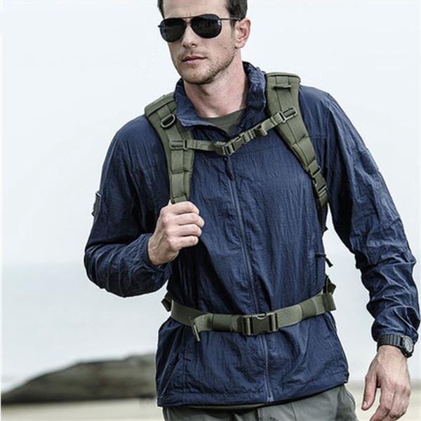 Extérieur Sun-preuve Imperméable Randonnée Pêche Peau Vestes Hommes Tactique Respirant Léger Vestes À Capuche Outwear