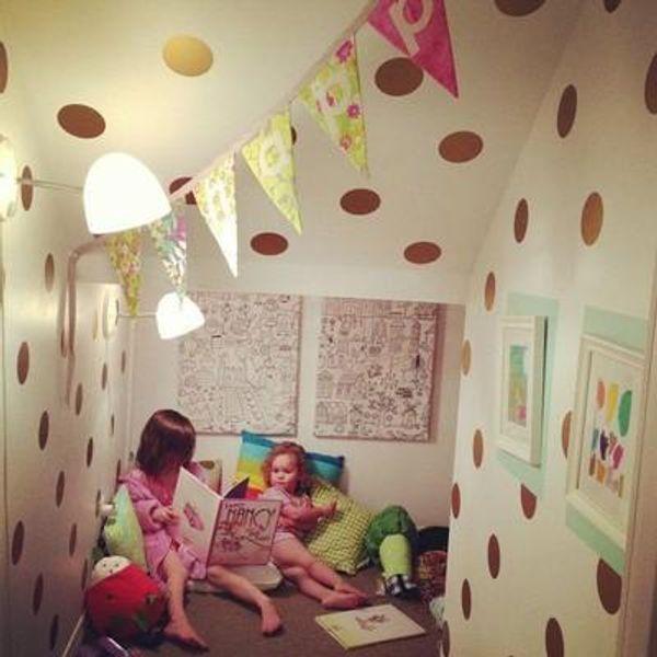 DIY Removable Polka Dot Vinyl Wall Stickers 4*4cm(52 dots)Baby Nursery Bedroom Murals Wallpaper Decal for Kids Children Home Decor