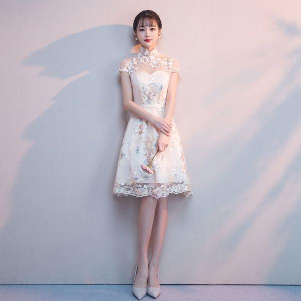 2019 chinesische kleid formale qipao königliche hochzeit cheongsam stil kostüm braut vintage chinesische traditionelle stickerei spitze