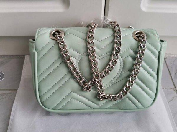 Gümüş zincir 26cm ile Açık Yeşil çanta