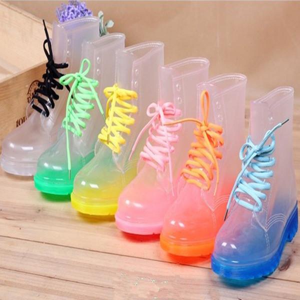 Бесплатная доставка ПВХ прозрачные женские Красочные Crystal Clear Квартиры Каблуки Вода Обувь Женский Rainboot Martin Rain Boots
