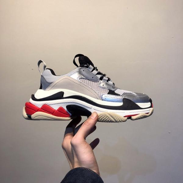 2019 Fashion Paris Casual shoes 17FW Triple-S Dad for Men's Women Beige Black Ceahp Sports Designer Triple S Shoes Size 36-45 z16