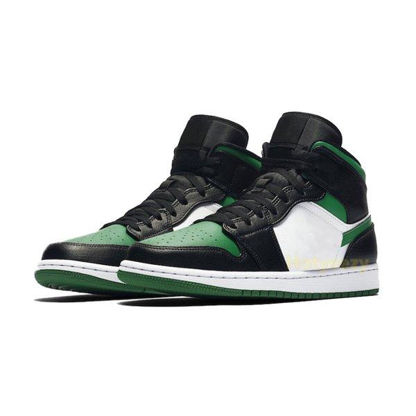 зеленый носок