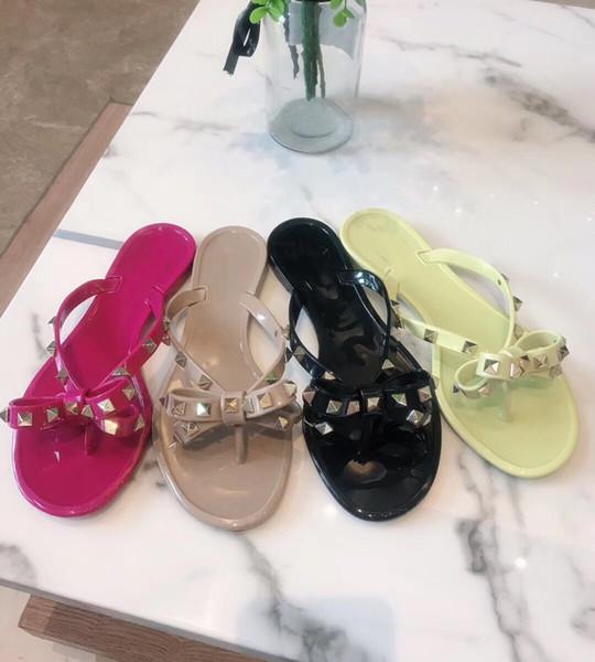 2017 Sıcak Satış Kadınlar Sweet Sandalet Yaz Seksi Rivets Papyon Flats Parti Rugan Terlik özelleştirme AB 35-41 Kadın Ayakkabı