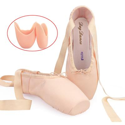 shoes with toe pad