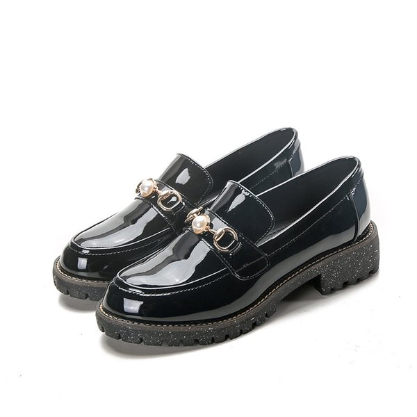 Oxford Women Shoes 2019 Spring Metal Button Brogues Woman Patent Leather Slip-on Square Heel Womens Loafers Flats Size 33-42