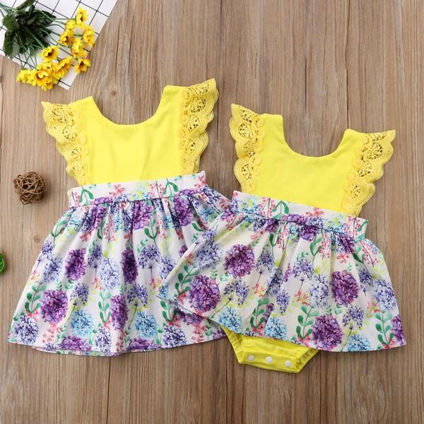 2018 Criança Criança Bebê Meninas Rendas Flor Amarela Irmã Combinar Romper Vestido Roupas Roupas Família Combinando Amarelo Bonito Conjunto de Verão