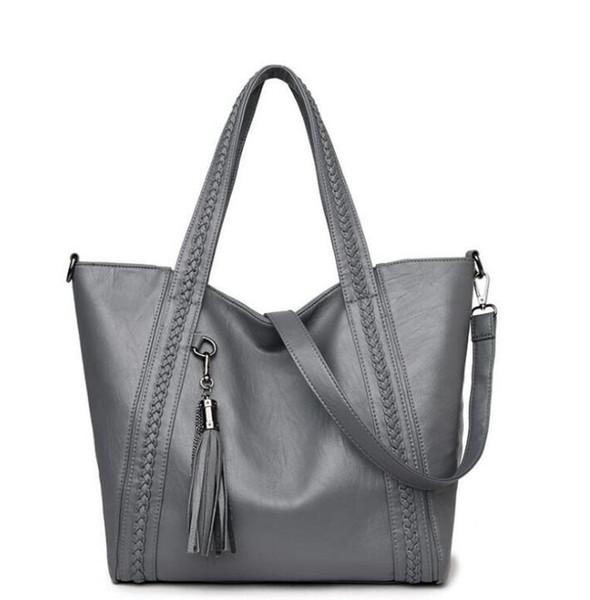 Designer Handbags high quality Luxury Handbags Wallet Famous handbag women tassel Crossbody bag Fashion Vintage leather Shoulder Bags 07