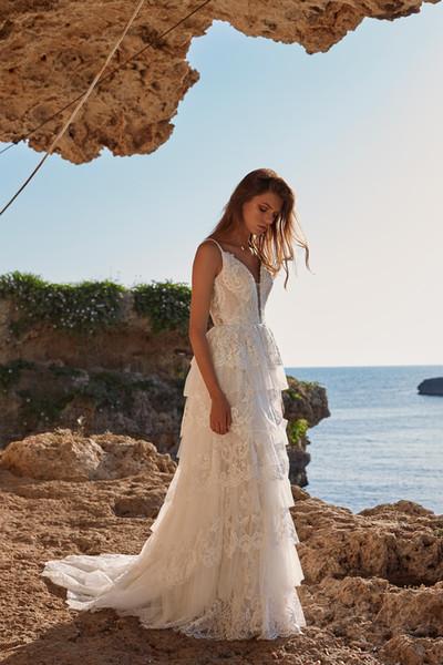 Prenses Boho Dantel Gelinlik 2019 Şık Backless Beach Gelinlik Katmanlı Spaghtti sapanlar Gelinlik Ucuz vestidos de novia