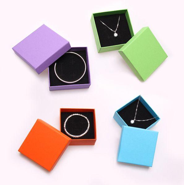 Caja de joyería Caja de jalea Cajas de pulsera Colgante Caja de embalaje Cajas de regalo 8.3 * 8.3 * 3.5cm