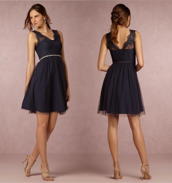 Bleu marine robes de demoiselle d'honneur A-ligne col en V longueur genou dentelle pays demoiselle d'honneur robe demoiselle d'honneur robes occasion spéciale pour le mariage