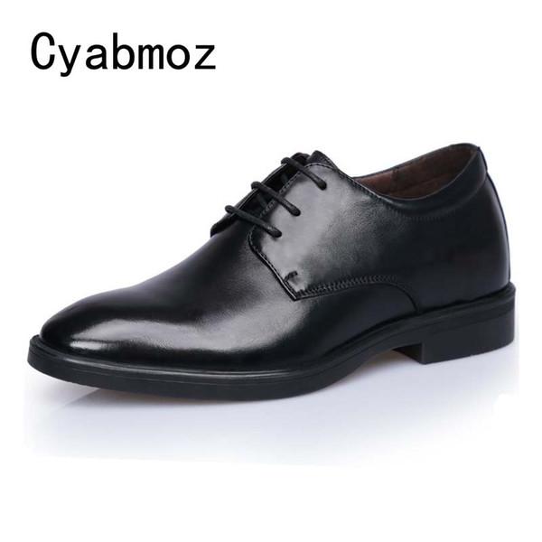 41192af45d Cyabmoz Homens Moda Elevador de Altura Aumento Sapatos 7 cm Invisibly  Calcanhar para o Casamento Diário
