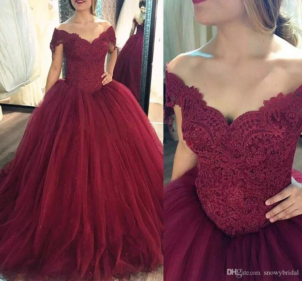 2019 Elegant Dark Red Ball Gown Prom Dresses Off Shoulder Lace Tulle Plus Size Burgundy Prom Dresses Sweet 16 Gowns Princess Prom Gowns