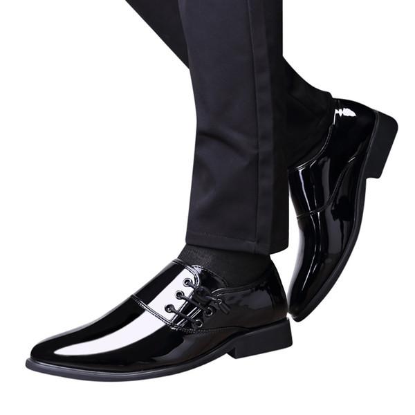 Freizeit Atmungsaktive Schuhe Teenager Schuhe Herren weichbesohlte Leder Business Pointed Paint Leder Bright Fashion