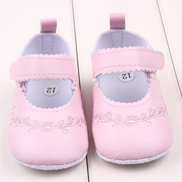 2019 Baby Girl First Walkers Pu Leather Cute Princess Crib Shoes Newborn  Comfy Outdoor Baby Shoes Pink Black White Anti Slip Sneakers From Entent,  ...