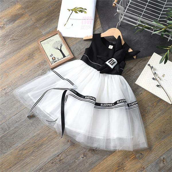 2019 Kinderkleidung Neue Mädchen kleiden ein schwarzes und weißes Pettiskirtkleid