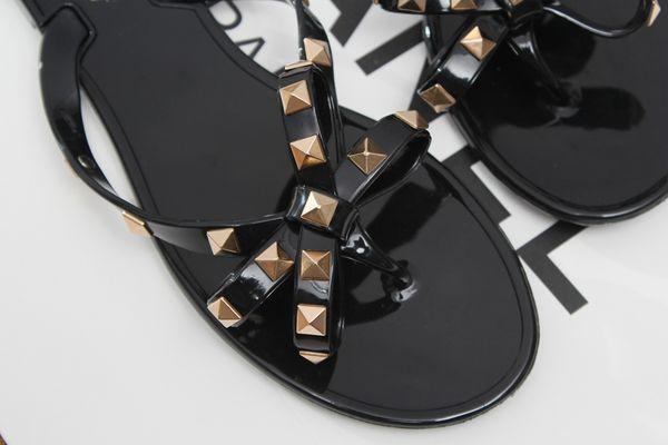Moda verão mulheres sandálias rebite studs flip flops escorregar na praia slides sandálias das mulheres