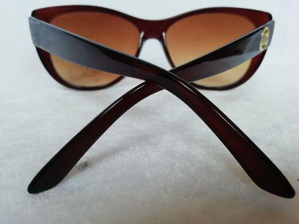Cheap wholesale New High quality Polarized lens pilot Fashion Sunglasses For Men and Women Brand designer UV400 lens Unisex Sun glasses 8015