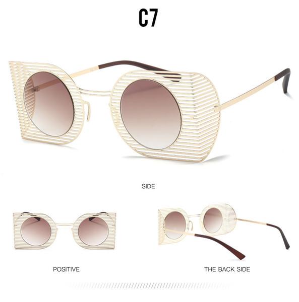 C7 Gold / tan