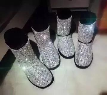 Women Hot Selling Black Pink Bling Crystal Embellished Snow Boots Winter Fashion Round Toe Slip On Mid Calf Booties Flat With Shoes
