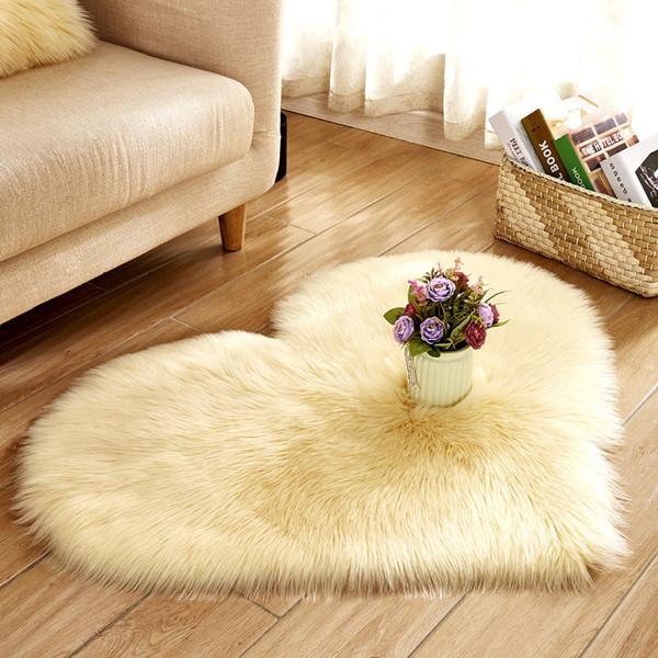 Love Heart Tappeti Pelle di pecora artificiale Pelle di pecora Tappeto peloso Tappeto per pavimenti in finta pelliccia Tappeto in soffice pianura soffice