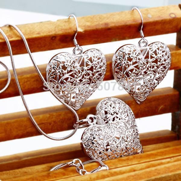 Set di gioielli Nuovo Matrimonio Spedizione gratuita Colore di trasporto Argento gioielli moda carino carino cuore collana orecchino donne set di partito di alta qualità P218